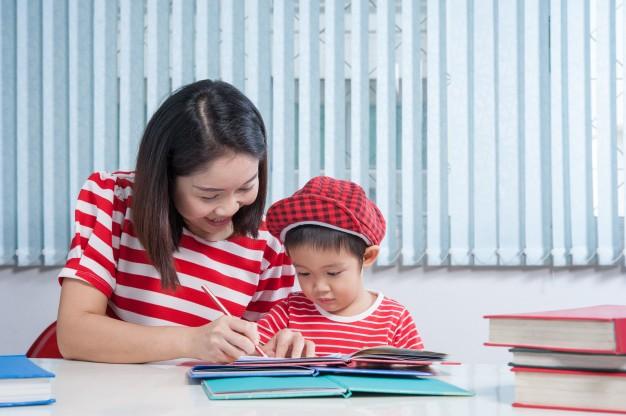 8 Cara Agar Anak Lancar Berbahasa Inggris