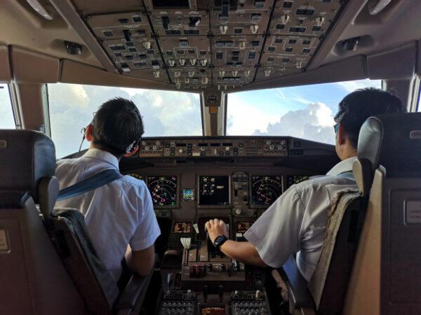 mempersiapkan sekolah pilot
