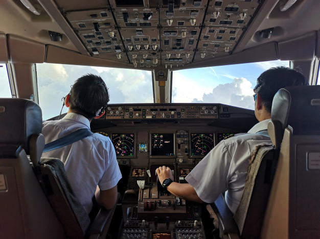 10 Tips Mengikuti Sekolah Pilot