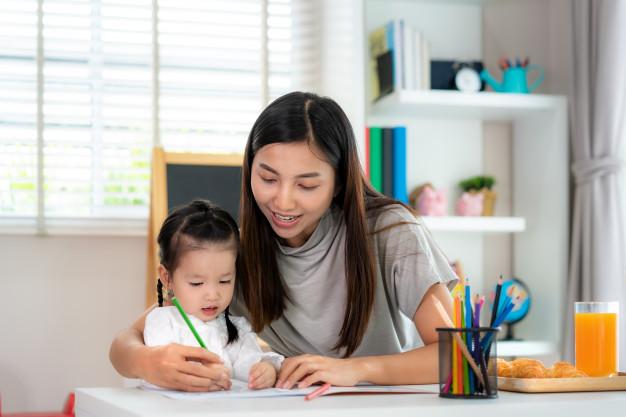 7 Cara Memotivasi Semangat Belajar Pada Anak