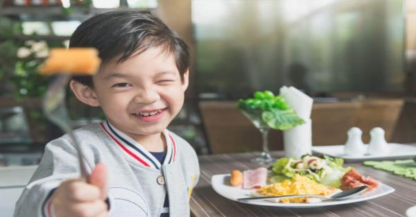 8 Makanan Yang Membantu Mencerdaskan Anak