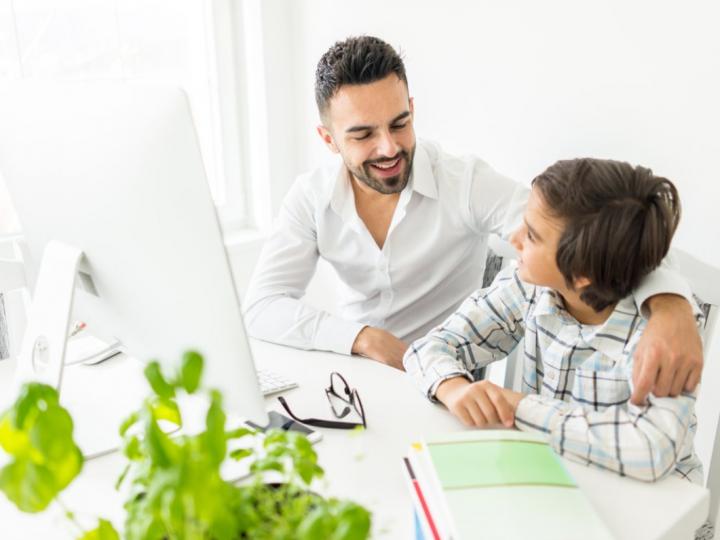 Tips & Trik Mengatasi Anak-anak Yang Malas Belajar di Rumah